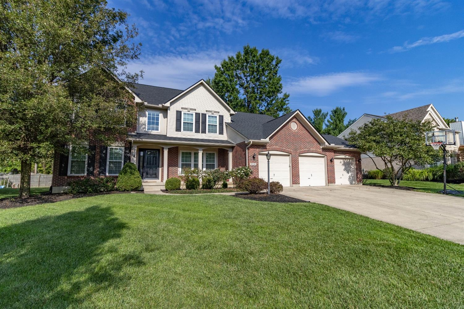 9659 Country Trail Property Photo