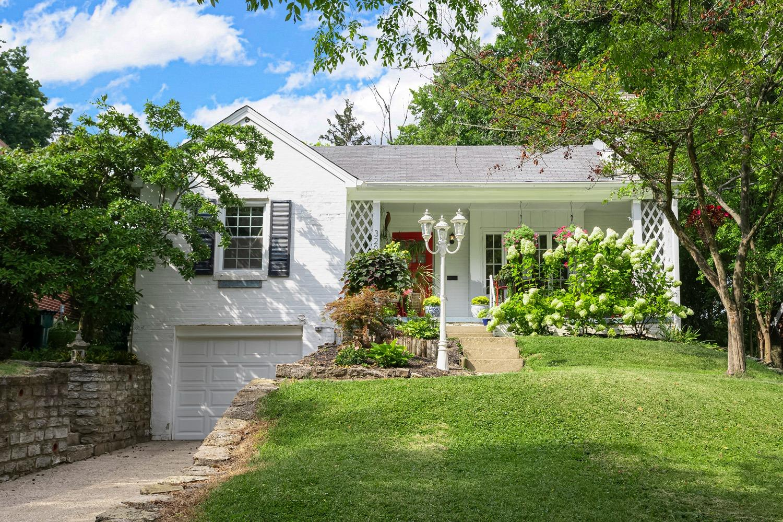 3206 Manning Avenue Property Photo