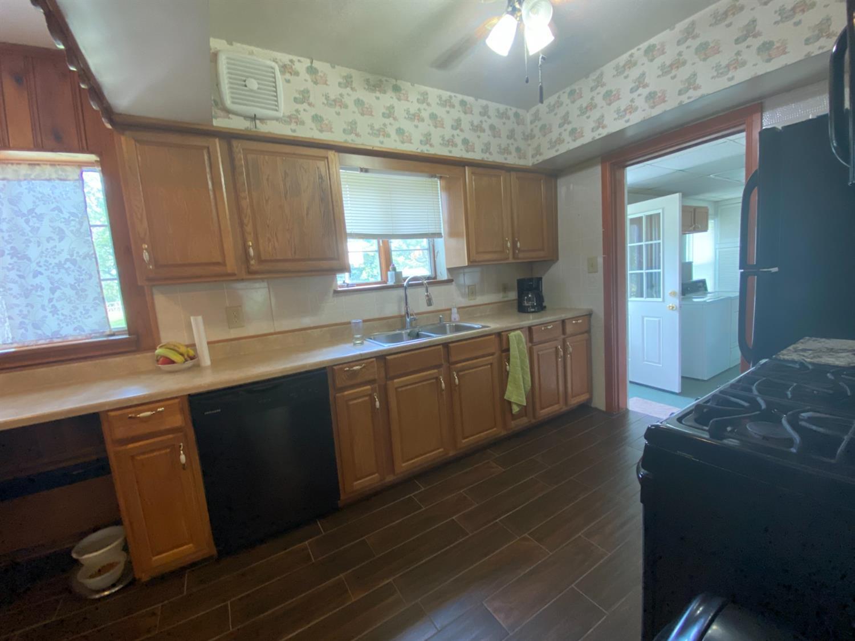715 Sunnyside Avenue Property Photo 7