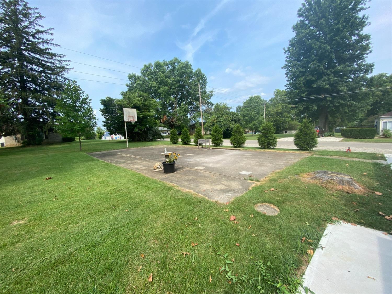 715 Sunnyside Avenue Property Photo 17