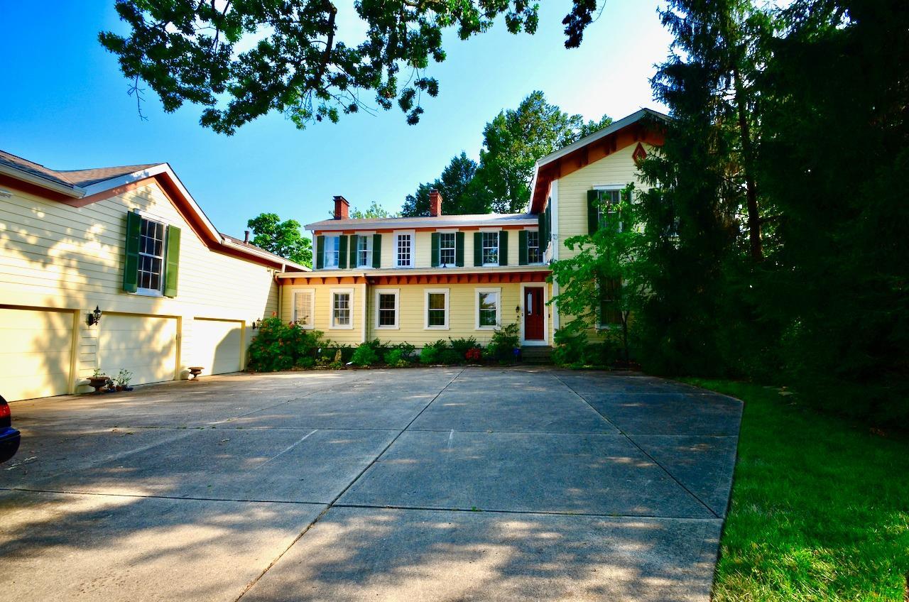 6144 Kenwood Road Property Photo 3