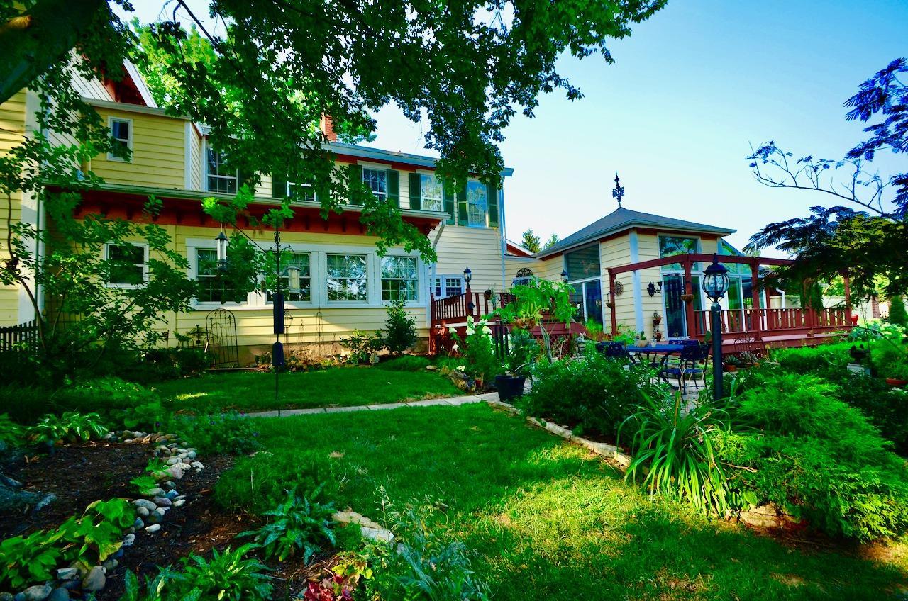 6144 Kenwood Road Property Photo 6
