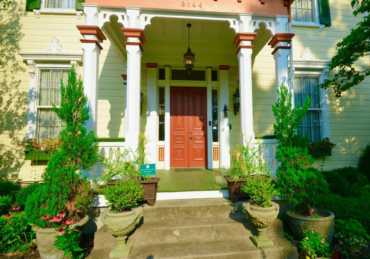6144 Kenwood Road Property Photo 8