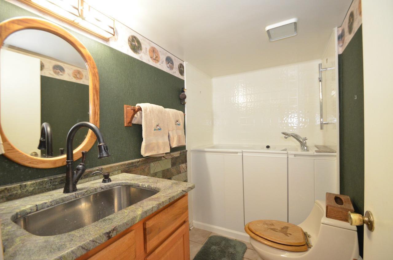 6144 Kenwood Road Property Photo 25