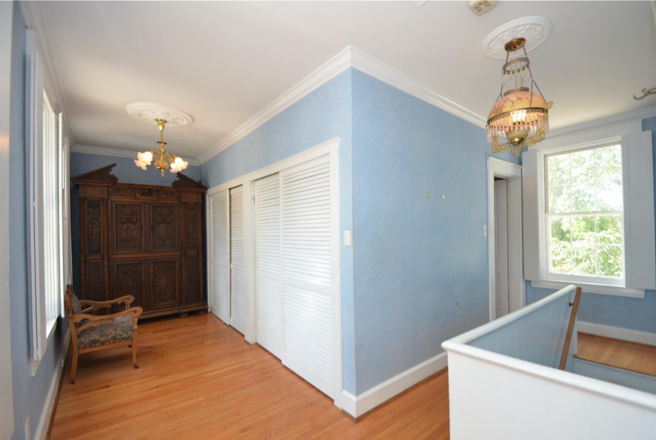 6144 Kenwood Road Property Photo 30