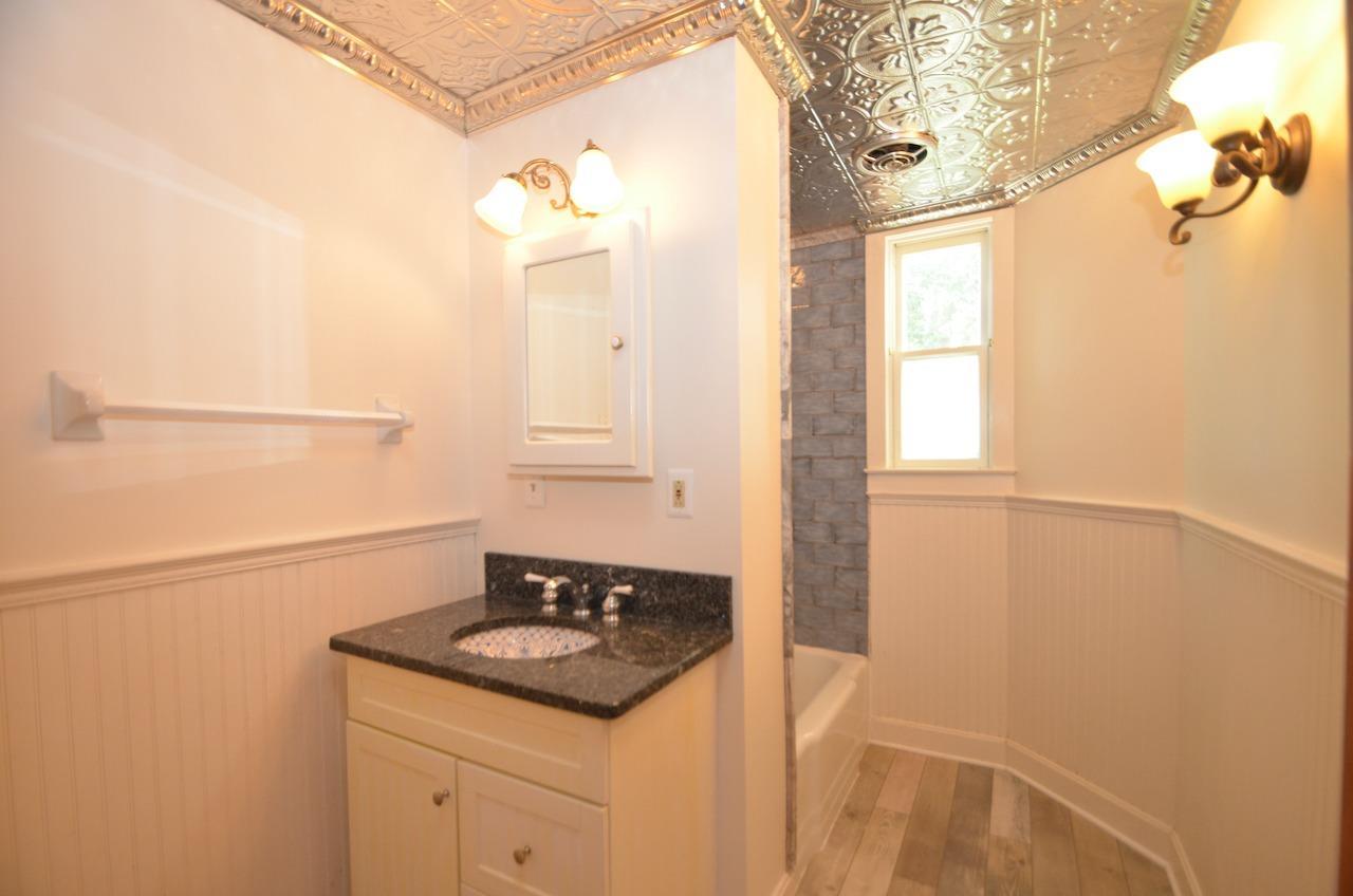 6144 Kenwood Road Property Photo 34