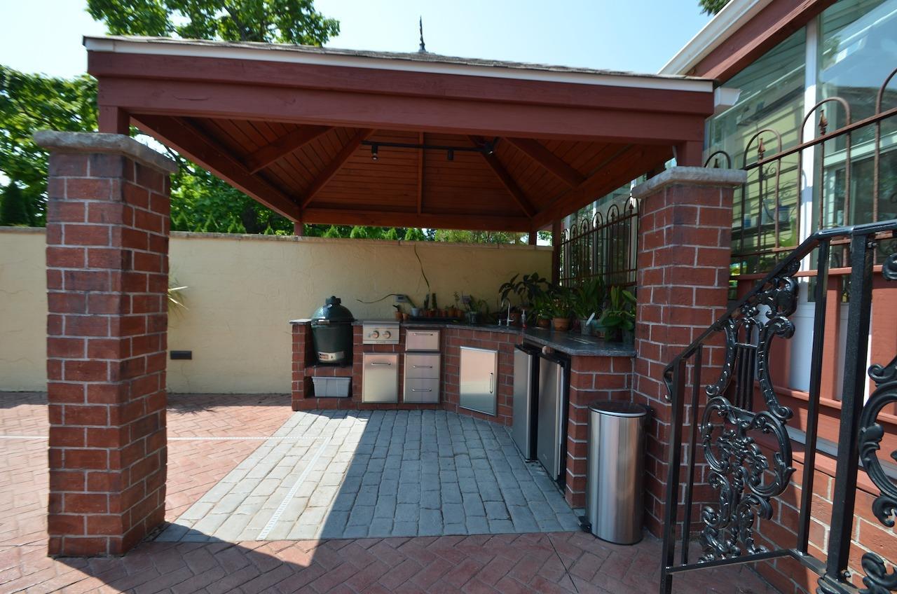 6144 Kenwood Road Property Photo 39