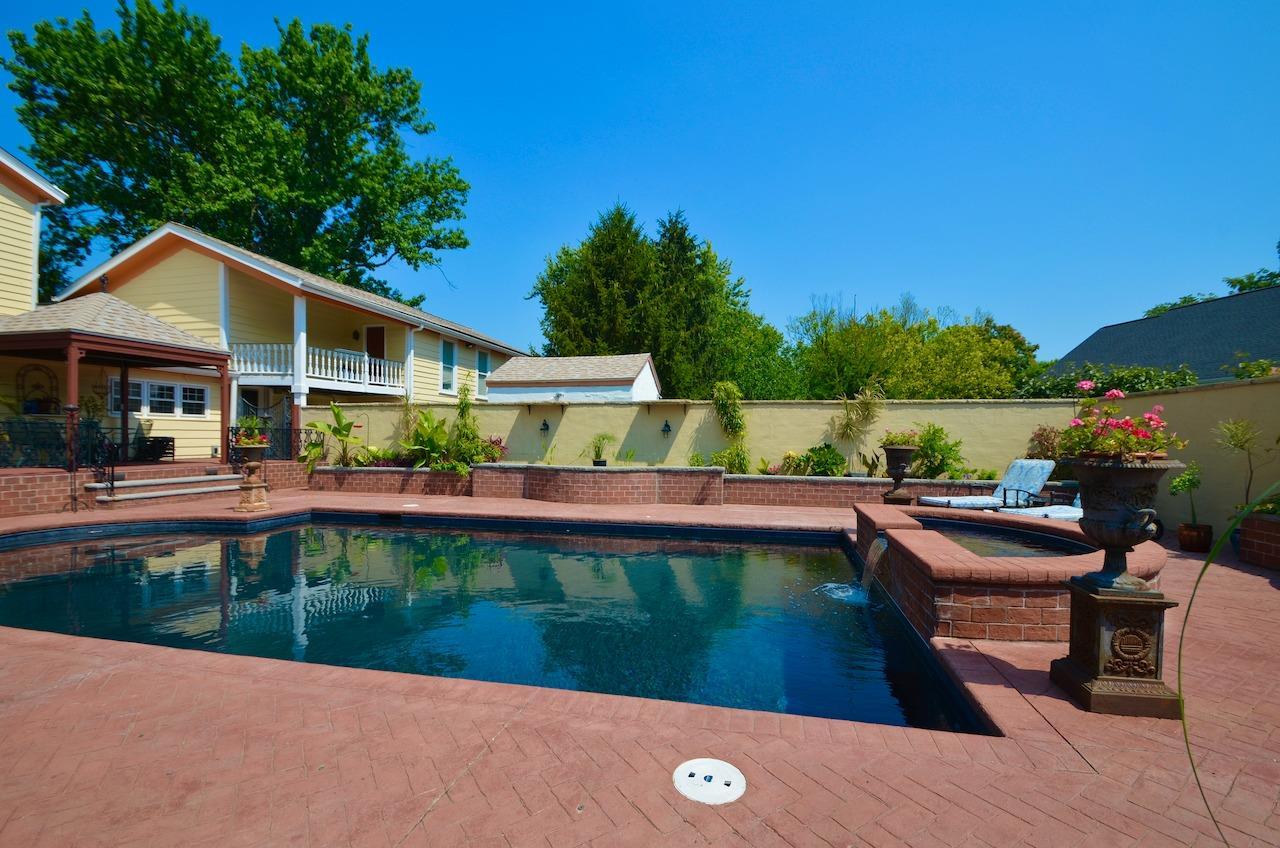 6144 Kenwood Road Property Photo 41