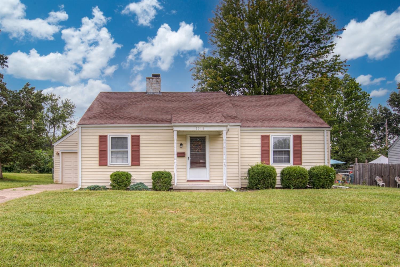 1518 Woodview Lane Property Photo 1