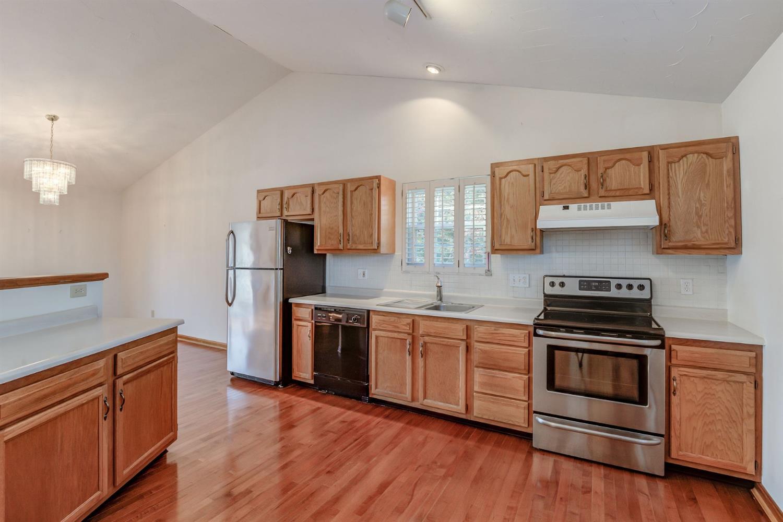 5335 Lakefront Drive Property Photo 4