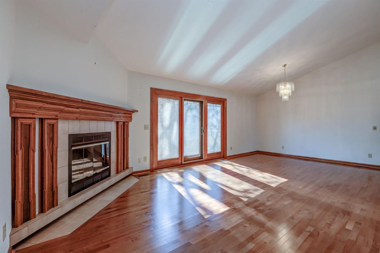 5335 Lakefront Drive Property Photo 11