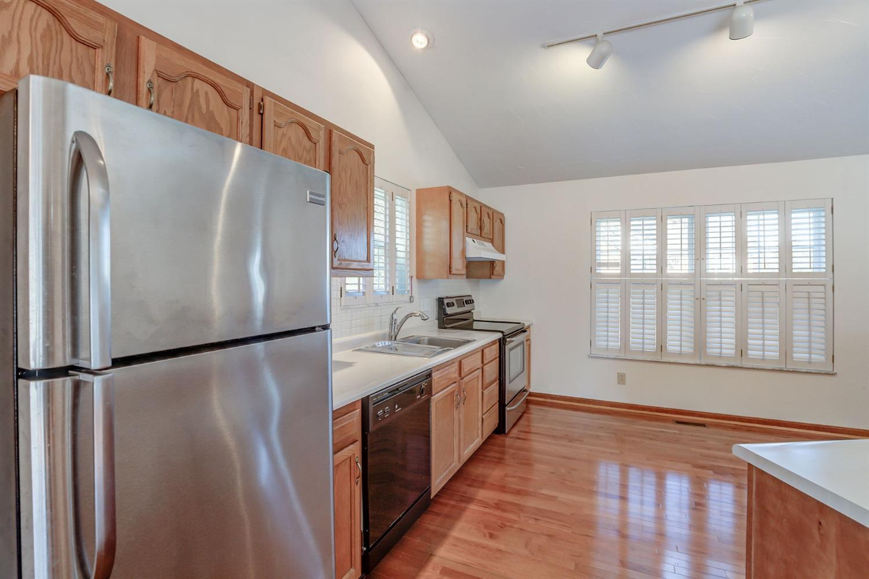5335 Lakefront Drive Property Photo 15