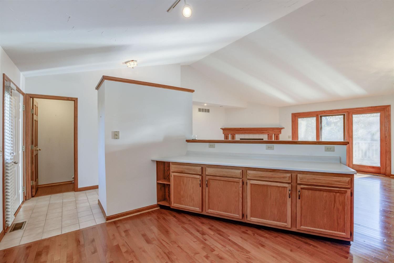 5335 Lakefront Drive Property Photo 16