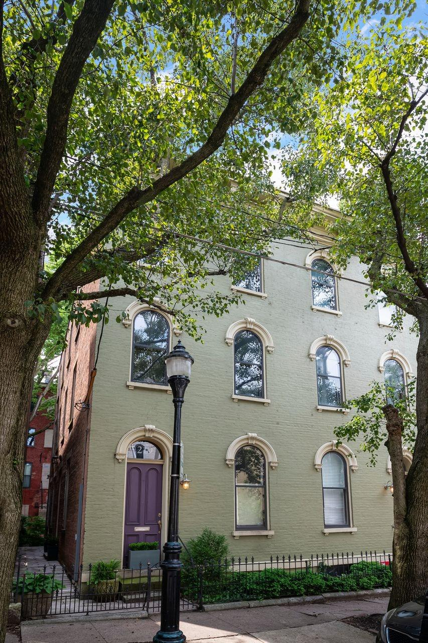 219 Orchard Street Property Photo 1