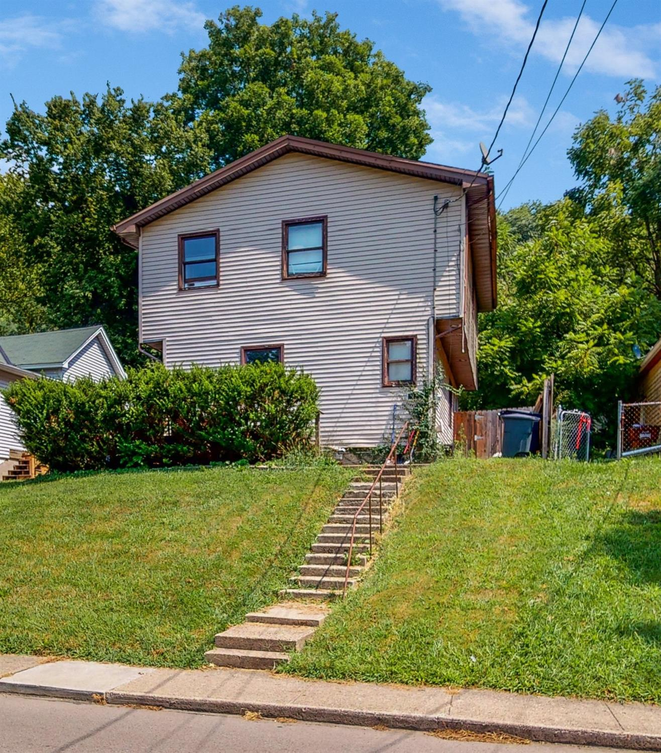 152 First Street Property Photo