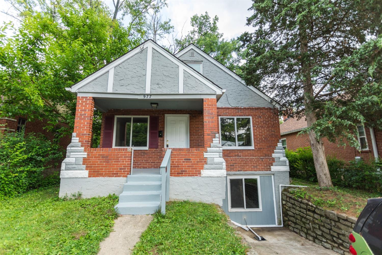 977 Prairie Avenue Property Photo