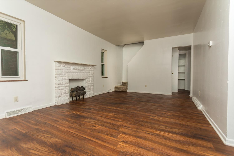 977 Prairie Avenue Property Photo 5