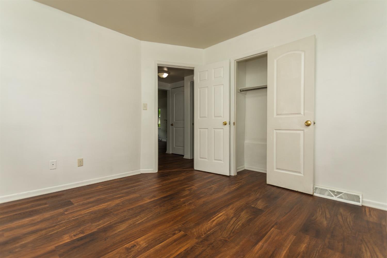 977 Prairie Avenue Property Photo 11