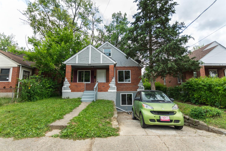 977 Prairie Avenue Property Photo 16
