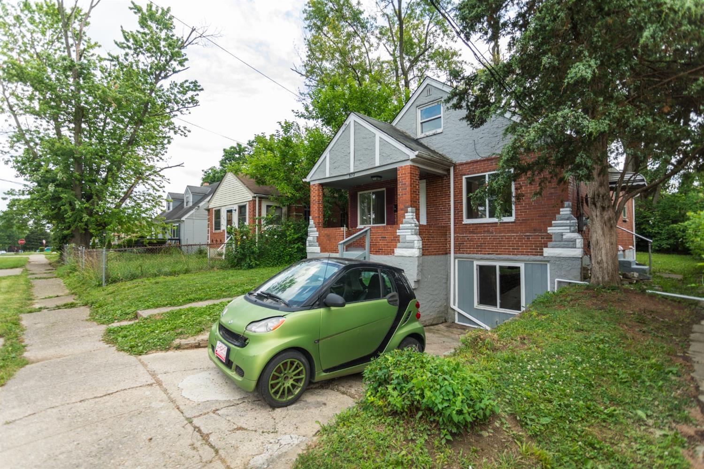 977 Prairie Avenue Property Photo 18