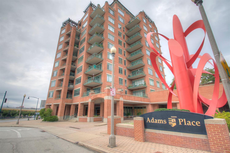 900 Adams Crossing Property Photo 2