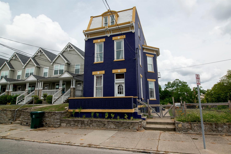 2338 Kenton Street Property Photo