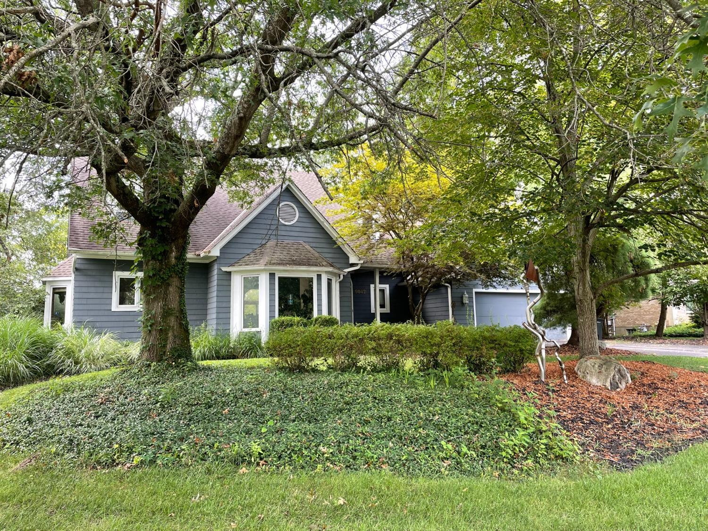 9042 Symmes Ridge Lane Property Photo 1