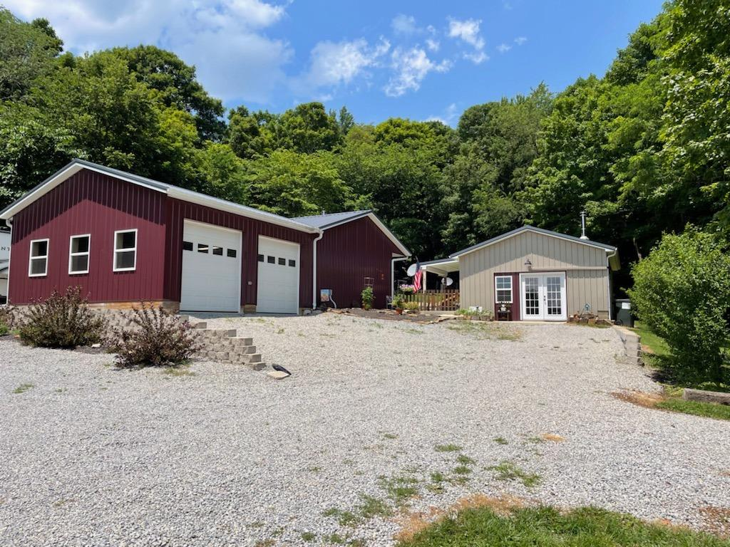 14321 Brier Hill Road Property Photo