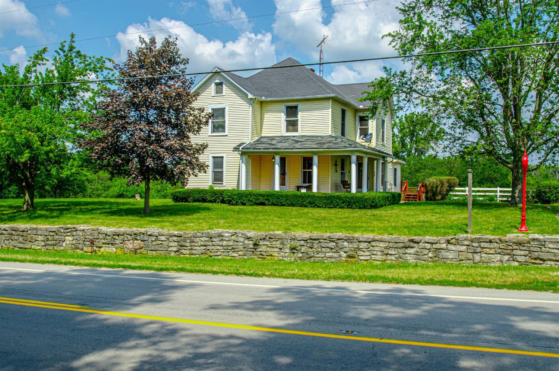 Twin Twp Real Estate Listings Main Image