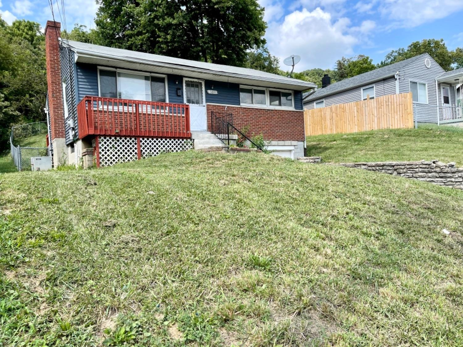 3650 River Road Property Photo