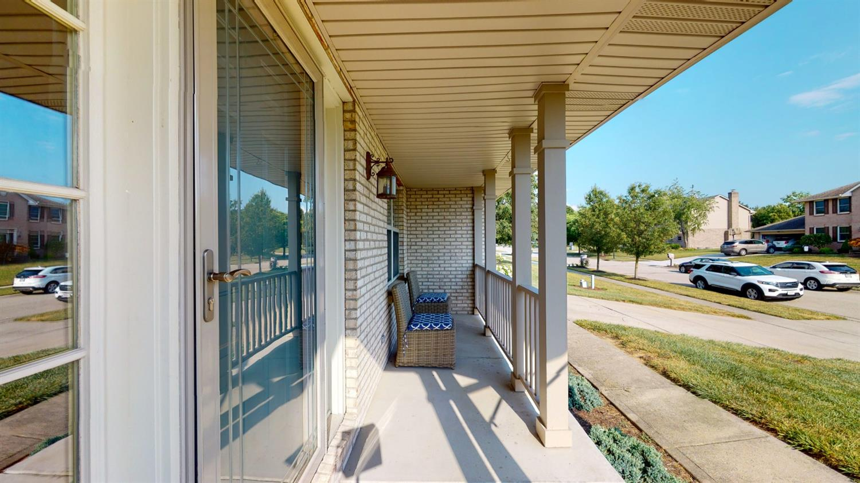 3394 Lake Crest Drive Property Photo 3