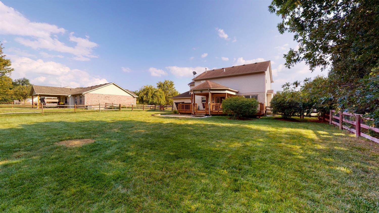 3394 Lake Crest Drive Property Photo 6