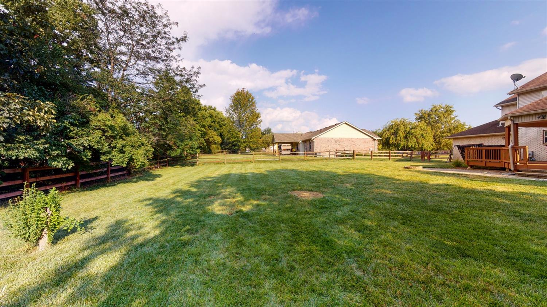 3394 Lake Crest Drive Property Photo 7
