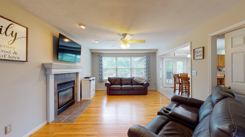 3394 Lake Crest Drive Property Photo 15