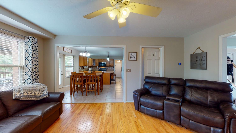 3394 Lake Crest Drive Property Photo 16
