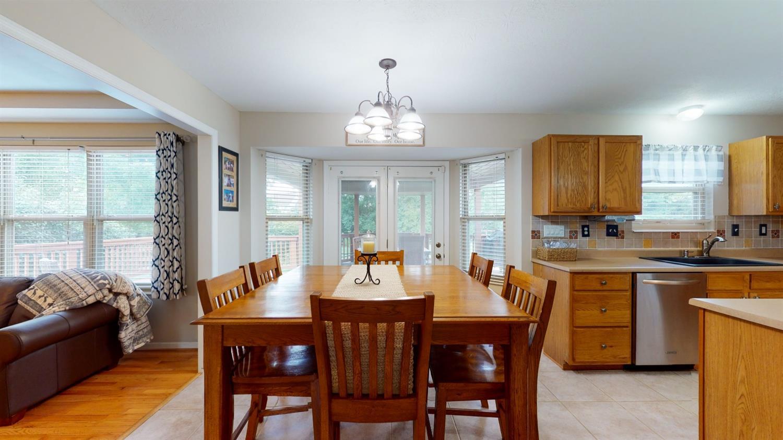 3394 Lake Crest Drive Property Photo 18