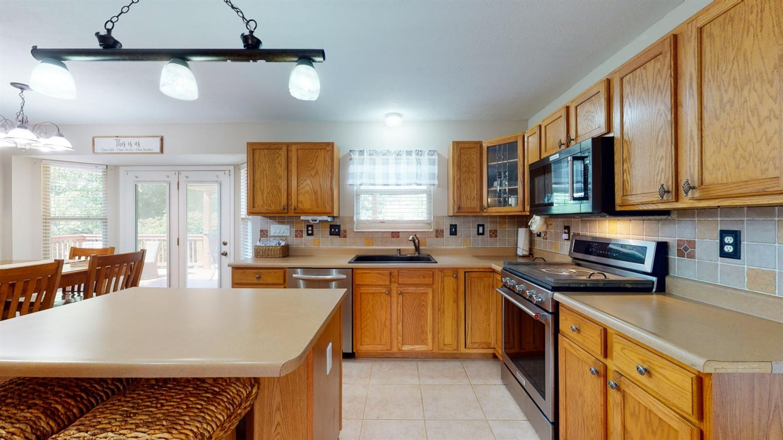 3394 Lake Crest Drive Property Photo 23