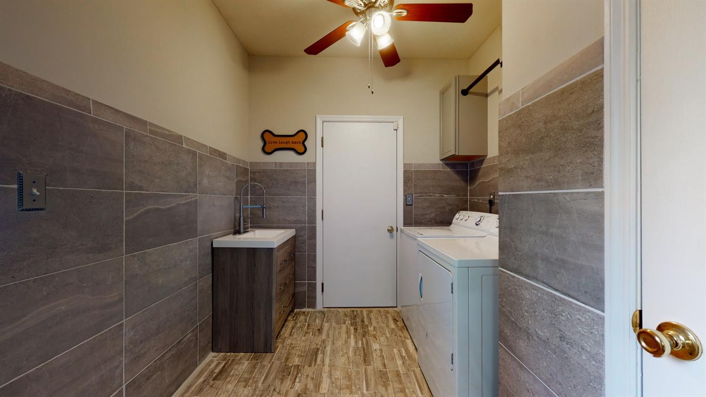 3394 Lake Crest Drive Property Photo 25