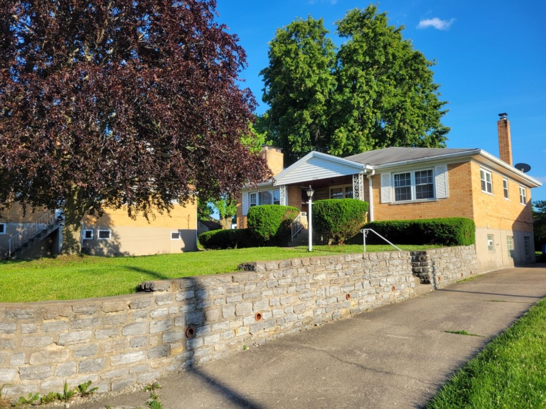 2753 Mt Airy Avenue Property Photo