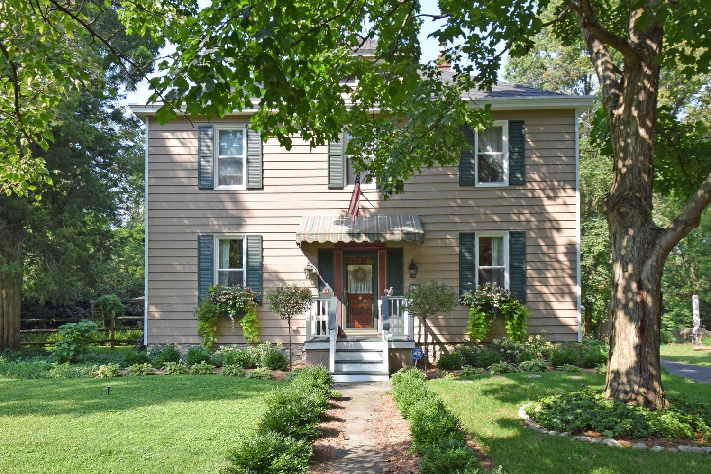 160 Oak Street Property Photo