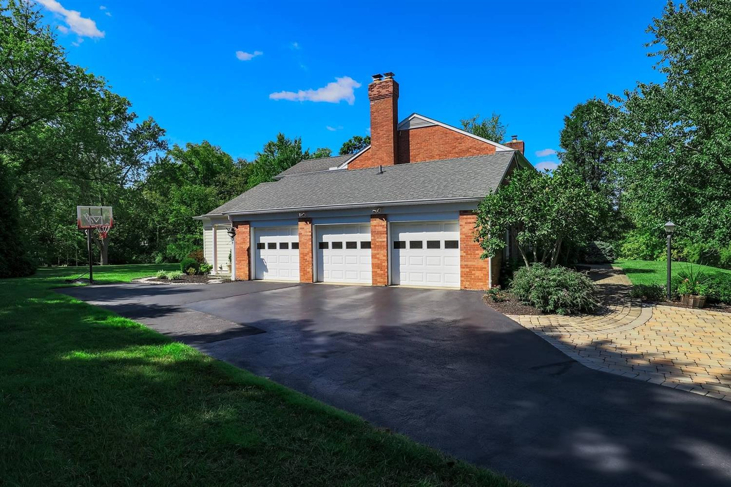 8155 N Clippinger Drive Property Photo 11