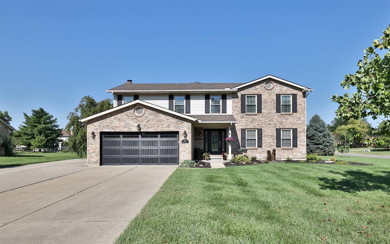 6253 Foxwood Court Property Photo