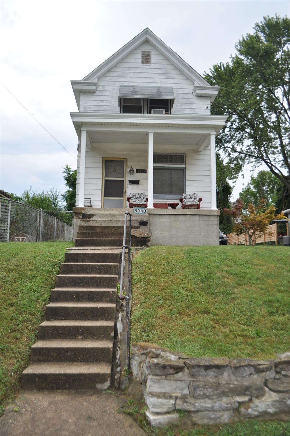 3940 Lovell Avenue Property Photo