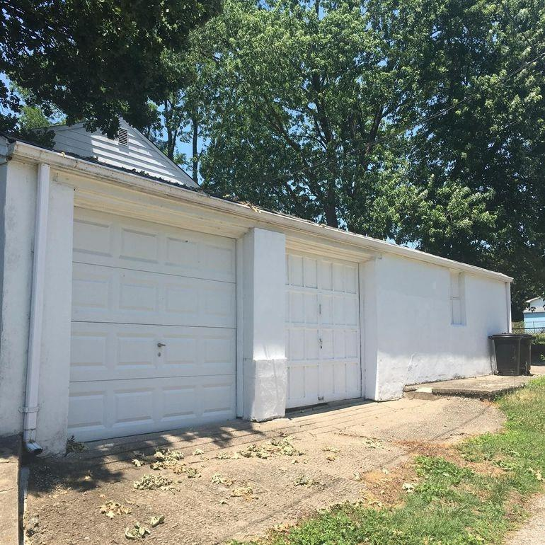 7360 Perry Street Property Photo 3