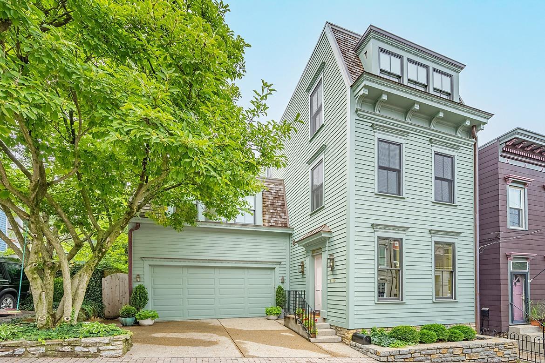 1119 Fuller Street Property Photo 1