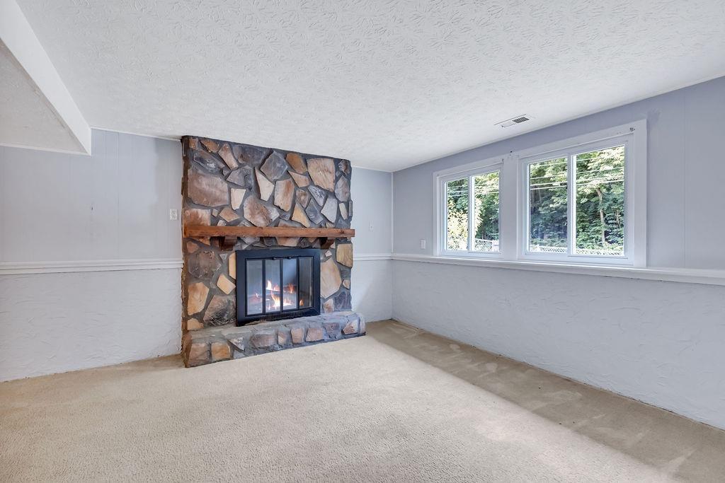 4323 Mt Alverno Road Property Photo 17