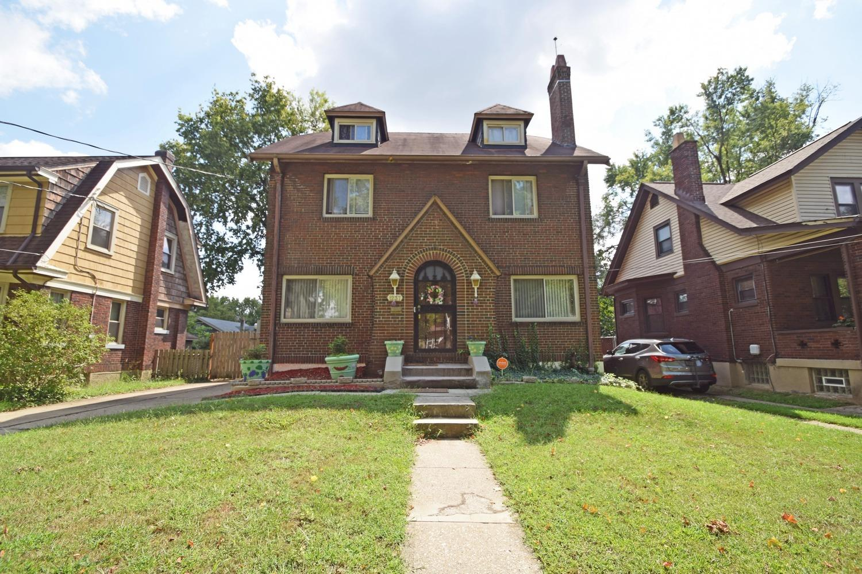 1237 Rossmore Avenue Property Photo