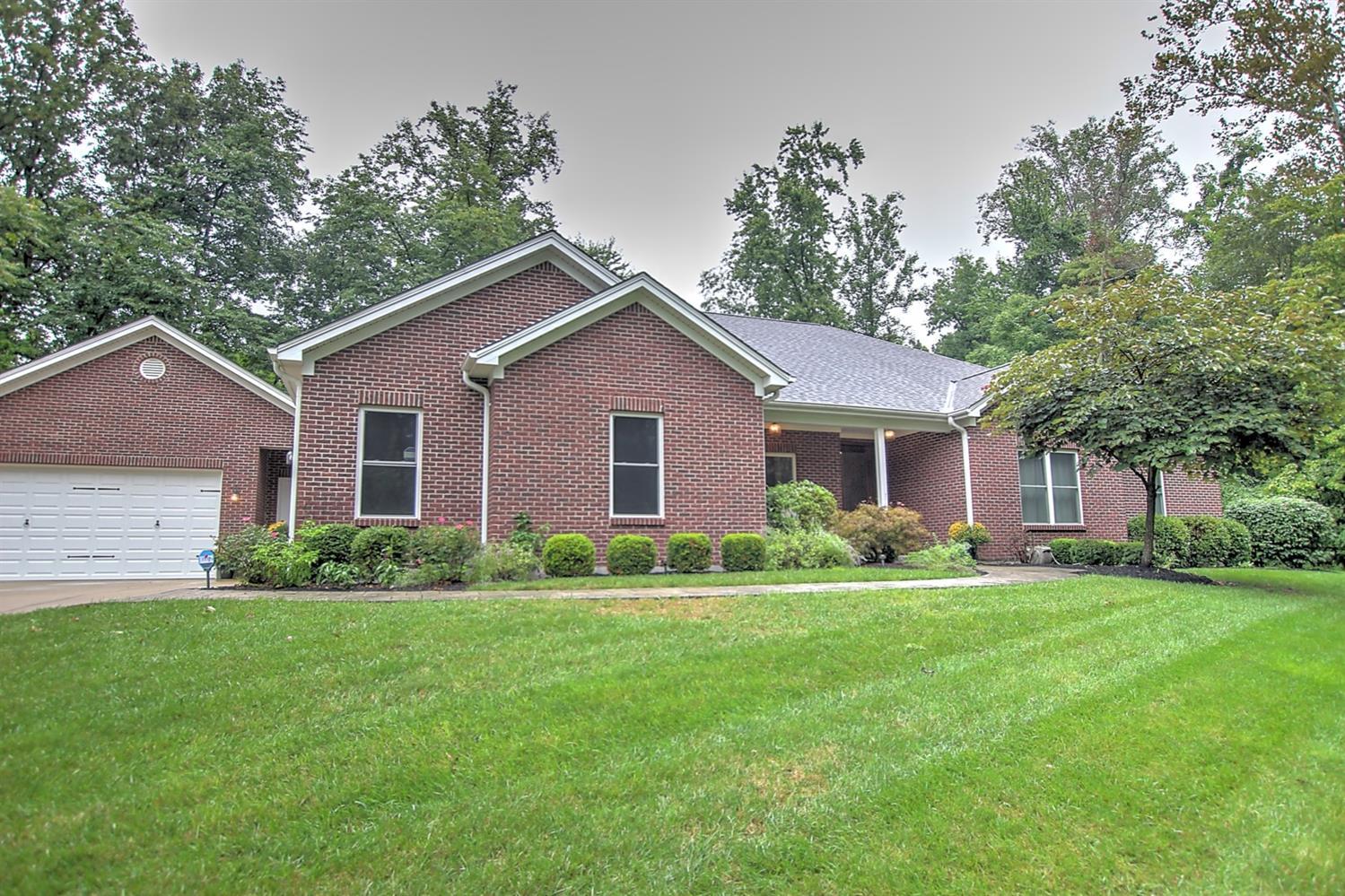5374 Ridgevale Court Property Photo