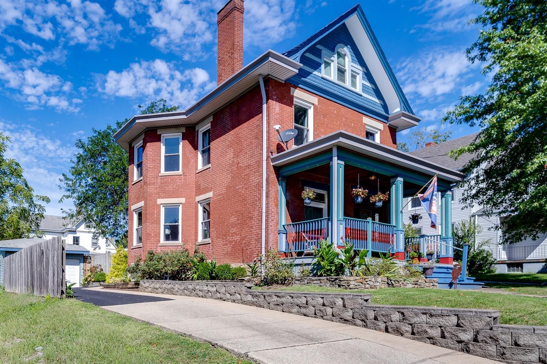3841 Trevor Avenue Property Photo