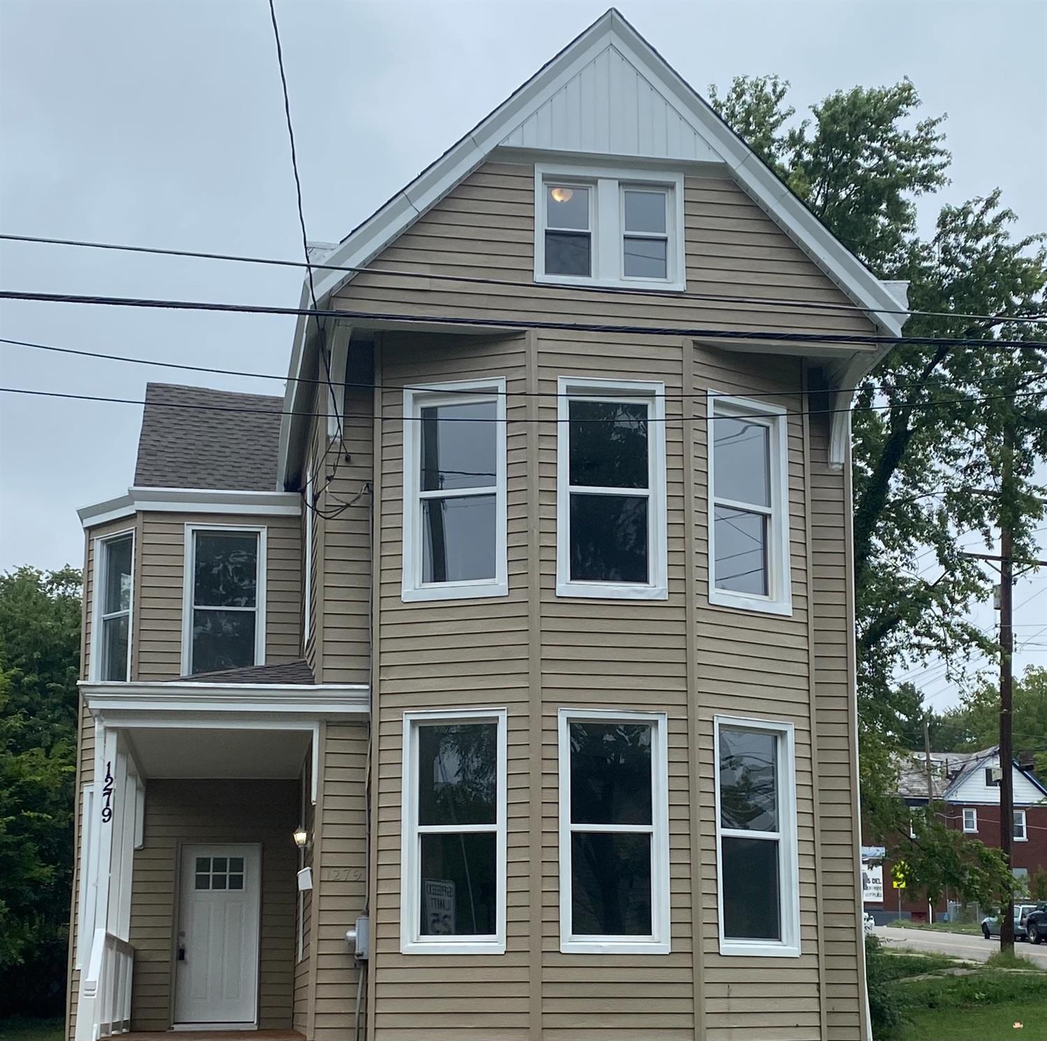 1279 1st Avenue Property Photo